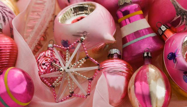A group of Christmas ornaments --- Image by © Tetra Images/Tetra Images/Corbis