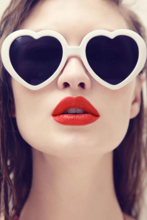 óculos em forma coração