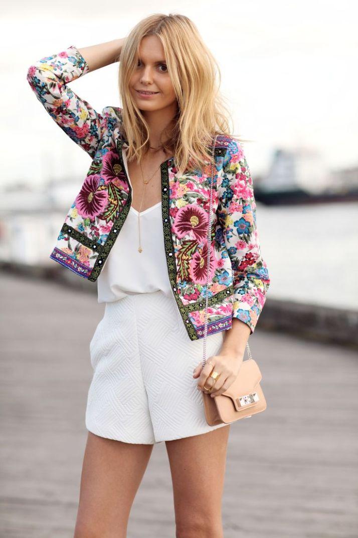 casaco bordado no branco