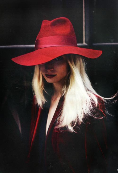 chapéu vermelho