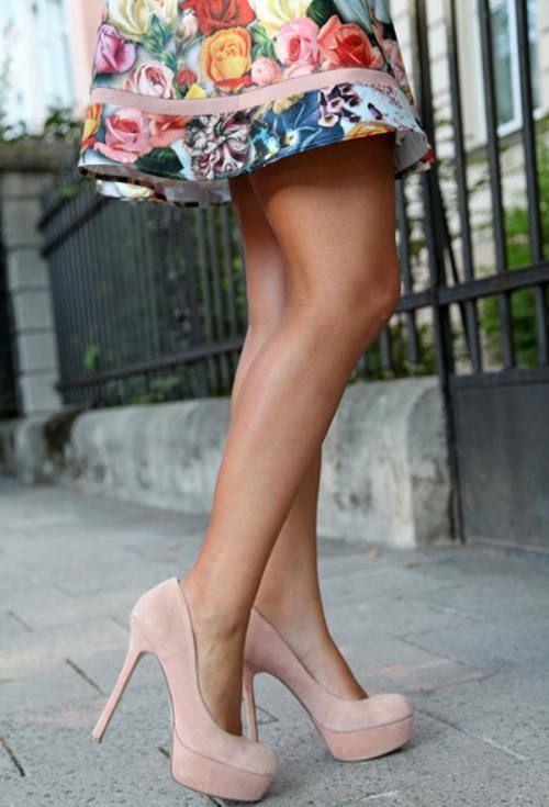 sapatos altos rosa