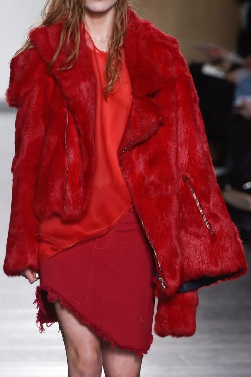 frio casaco vermelho
